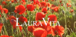 Carolyn Beckwith - Laura Vita